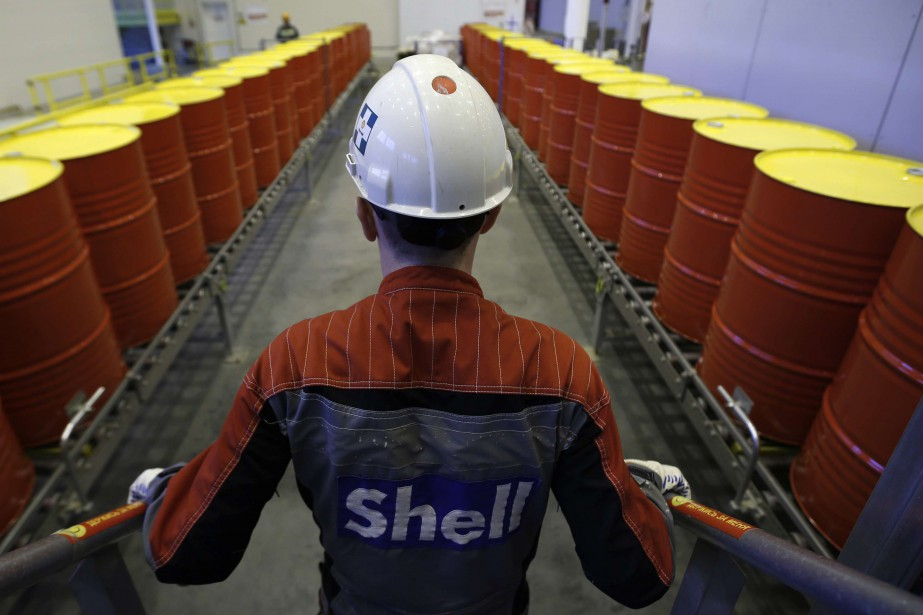 Shell a contribuer financièrement pendant des années à... (Photo archives REUTERS)