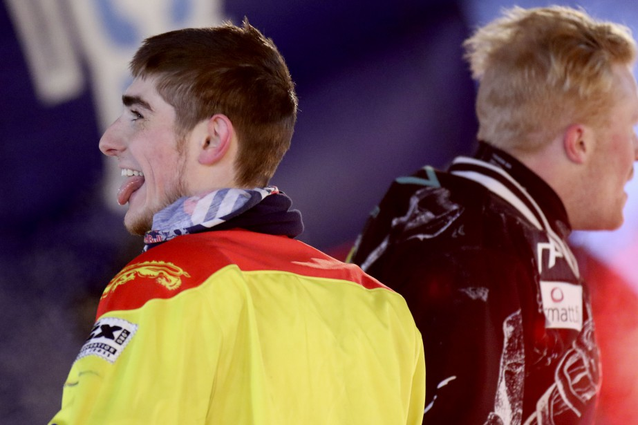 Samuel Nadeau (à gauche) termine derrièreMirko Lahti. | 3 mars 2017