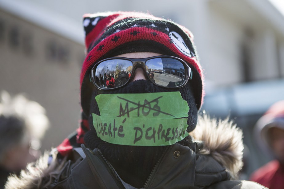 Un manifestant du groupe Les Soldats d'Odin à Trois-Rivières (Le Nouvelliste, Olivier Croteau)