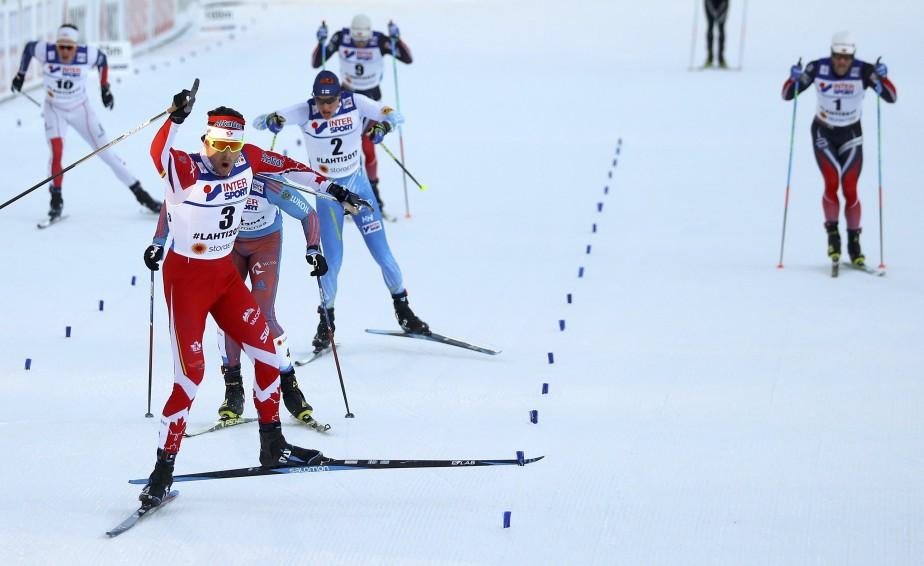 Le Québécois a franchi la ligne d'arrivée seulement 6 dixièmes de seconde devant le Russe Sergey Ustiugov. (Photo Kai Pfaffenbach, REUTERS)