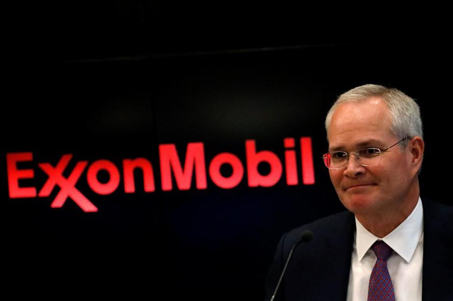 Le président d'Exxon Mobil Darren Woods a indiqué... (Photo Brendan McDermid, REUTERS)