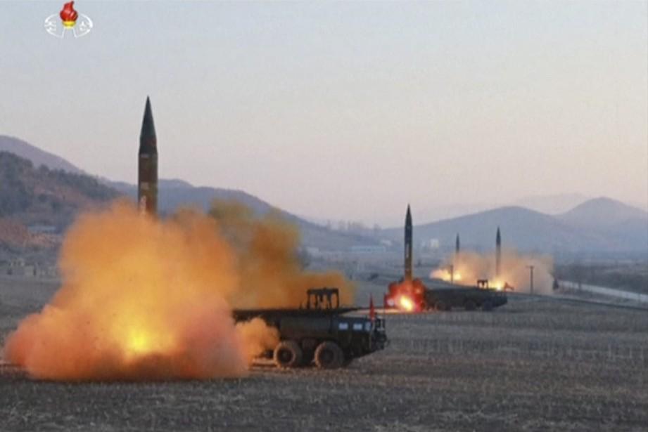Pyongyang menace régulièrement ses ennemis de ses foudres.... (AP)