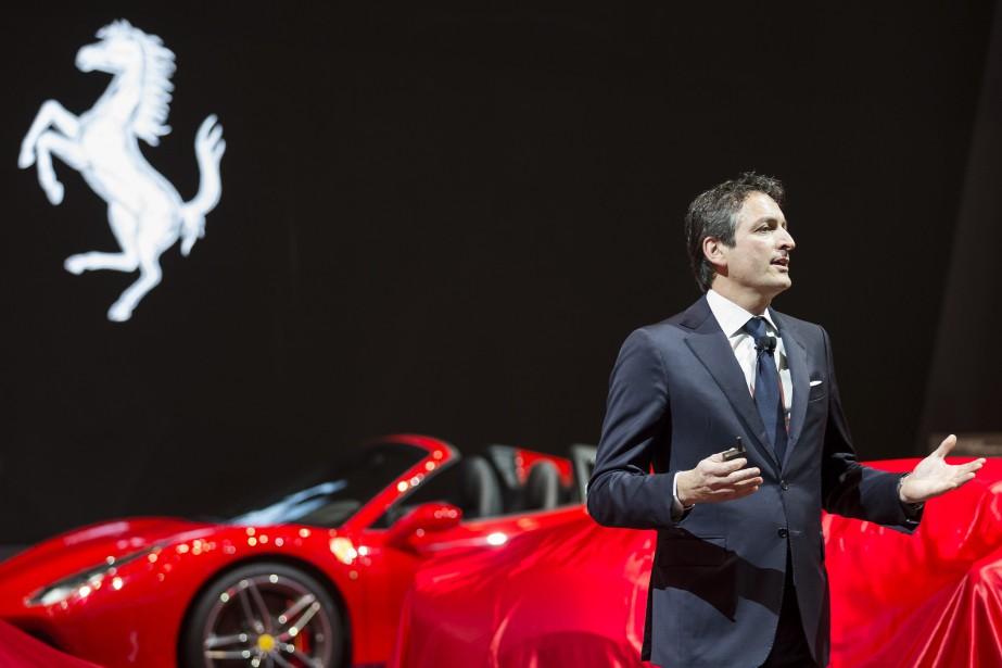 Le chef des opérations commeciales de Ferrari, Enrico Galliera, a présenté la 812 Superfast au Salon de Genève. (AP)