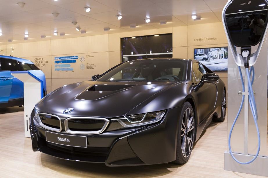 La nouvelle BMW i8 protonic en livrée Frozen Black. (AP)