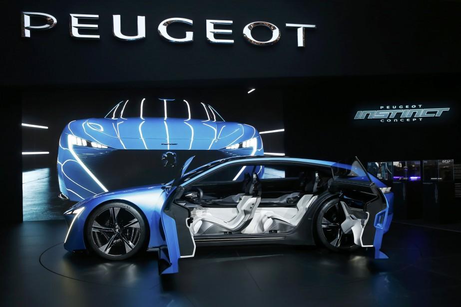 Le prototype Peugeot Instinct. (REUTERS)