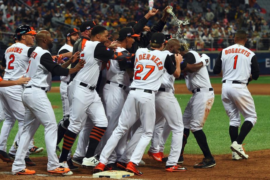 Les Pays-Bas ont remporté une victoire de 6-5... (Photo Jung Yeon-Je, AFP)