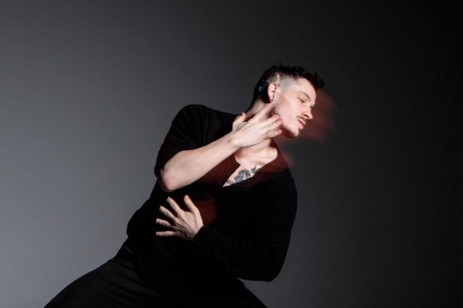 Le danseur Cai Glover, qui a perdu l'ouïe... (Photo Hugo-Sébastien Aubert, La Presse)