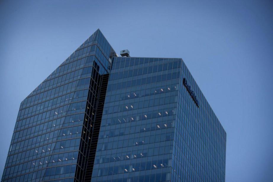 La tour Deloitte, au centre-ville de Montréal... (Photo Marco Campanozzi, Archives La Presse)