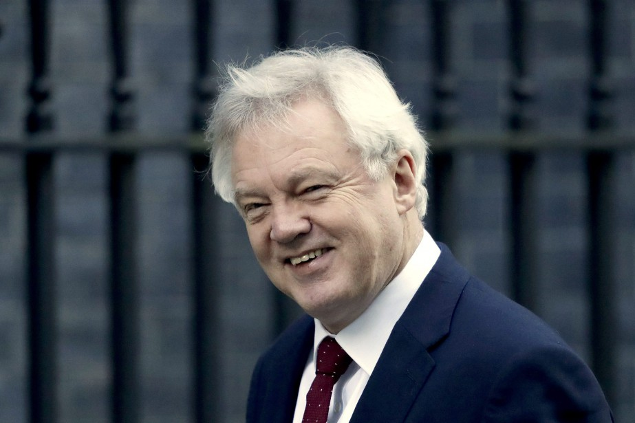 Le ministre du Brexit, David Davis.... (Photo Matt Dunham, archives Associated Press)
