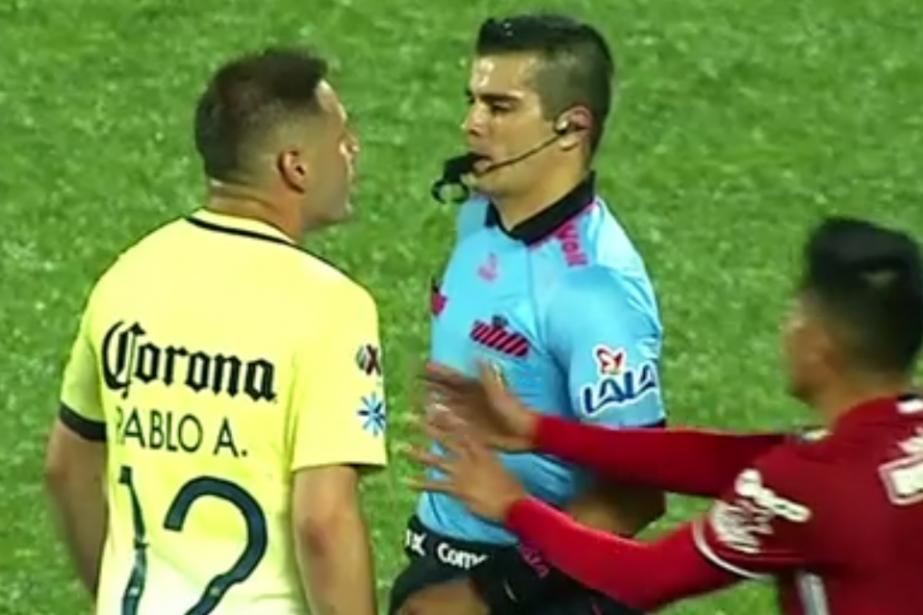 L'Argentin Enrique Triverio et le Paraguayen Pablo... (Phoot tirée d'une vidéo)