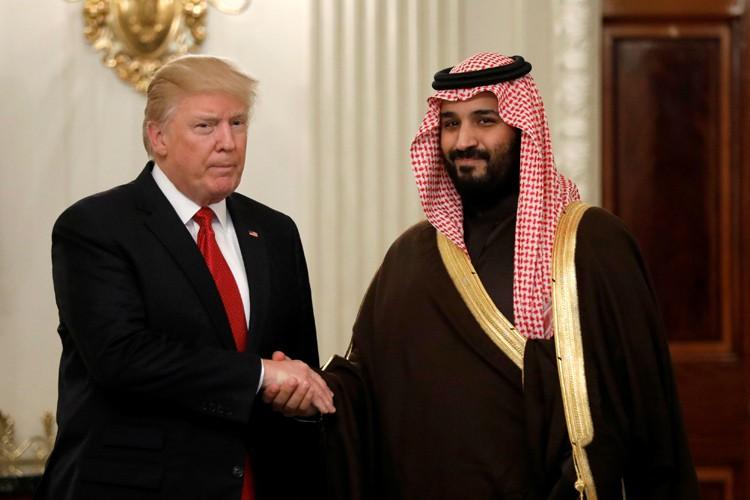 Donald Trump etMohammed ben Salmane, mardi à la... (PHOTO REUTERS)