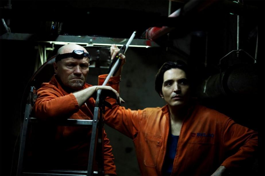 Michael Rooker et David Dastmalchian dans The Belko... (CAPTURE D'ÉCRAN)