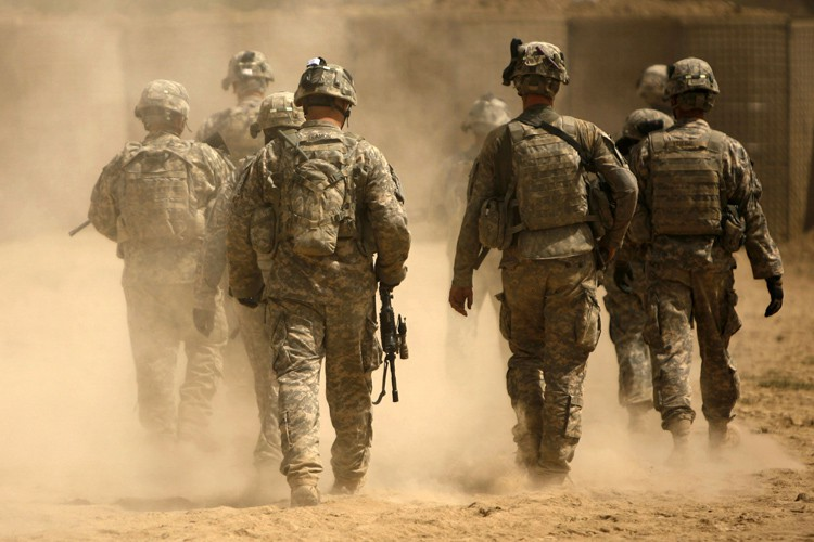 Les soldats supplémentaires continueraient de rester à l'écart... (ARCHIVES AFP)