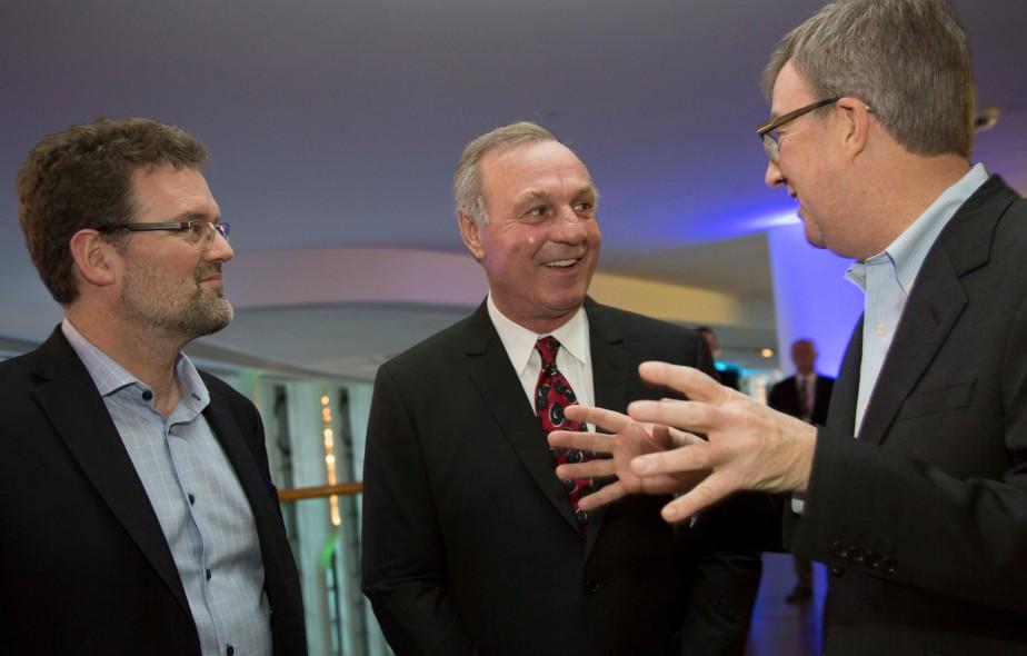 Le Festival de la coupe a pris son envol mercredi soir, par une grande réception au Musée canadien de l'histoire avec notamment lemaire de Gatineau Maxime Pedneaud-Jobin, l'ancien joueur de la LNH Guy Lafleur et le maire d'Ottawa Jim Watson. | 15 mars 2017