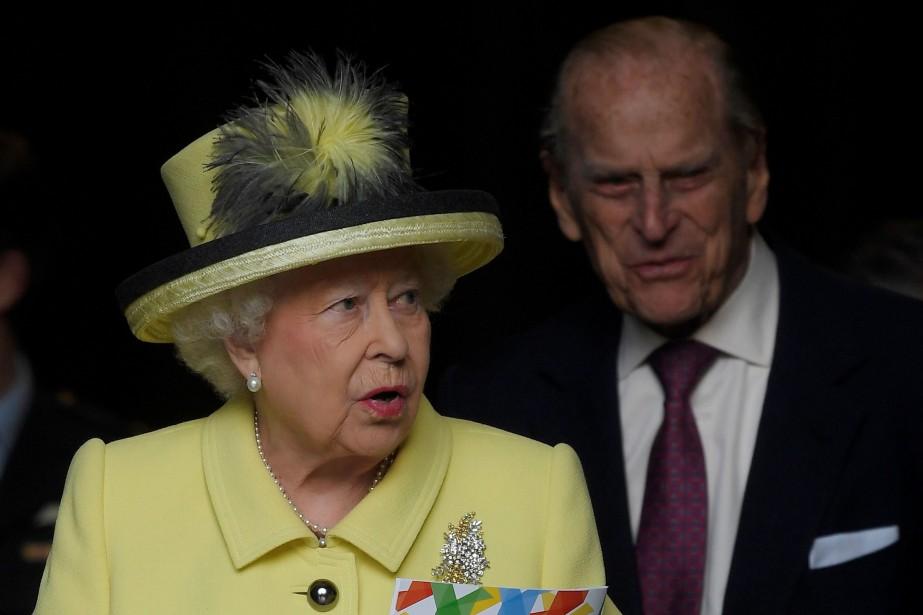 La reine Élisabeth II et le prince Philip.... (REUTERS)