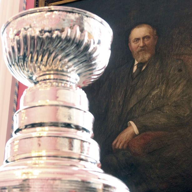 Lord Stanley surveille sa Coupe. | 16 mars 2017