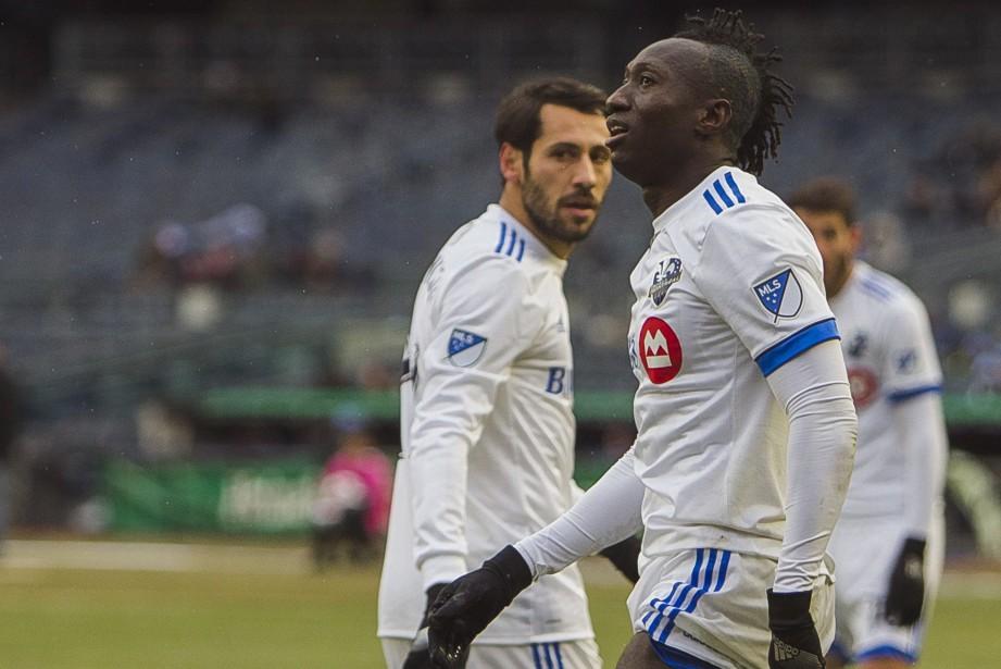 Dominic Oduro (à droite) a compté le seul... (PHOTO Andres Kudacki, AP)