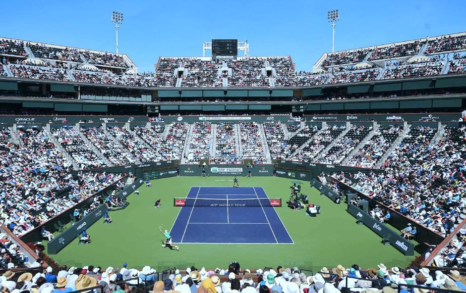 Roger Federer inflige une défaite de 6-1, 7-6 (7/4) à Jack Sock au tournoi d'Indian Wells. | 19 mars 2017