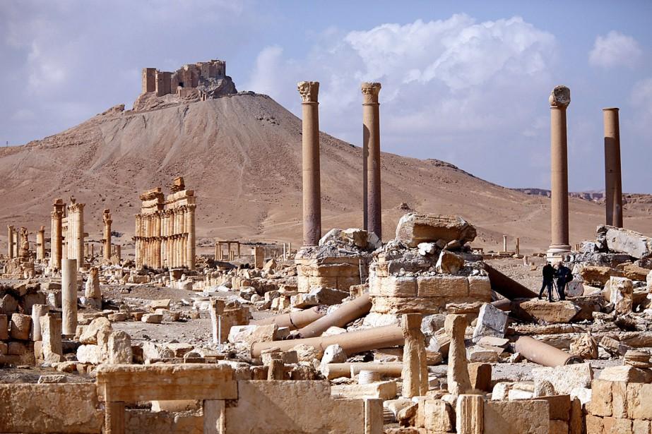 Une vue générale sur le site archéologiquede Palmyre,détruit... (Photo Omar Sanadiki, archives REUTERS)