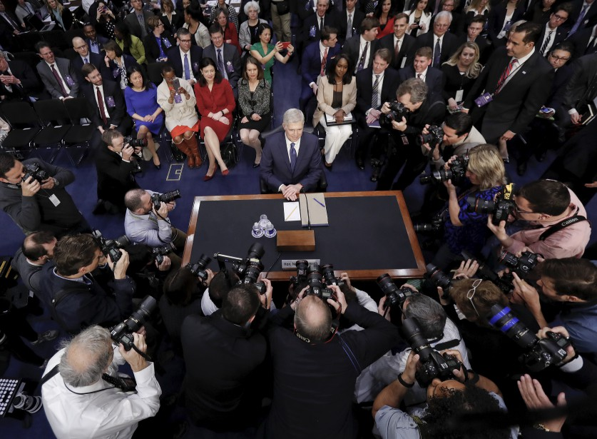 Les médias accueillent le candidat à la Cour suprême choisi par Donald Trump, Neil Gorsuch. | 20 mars 2017