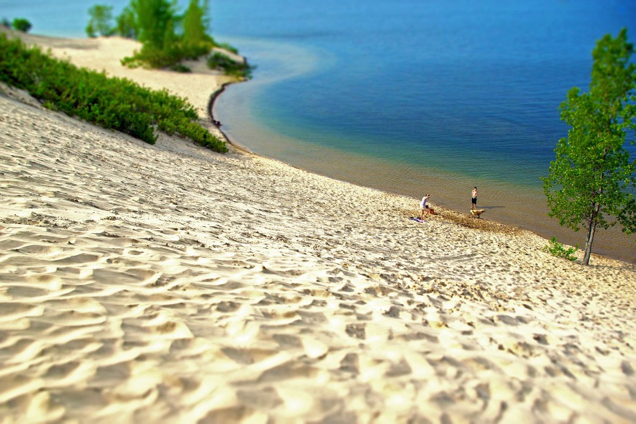 Une plage dans le parc provincial Sandbanks, en... (Photo Flickr)