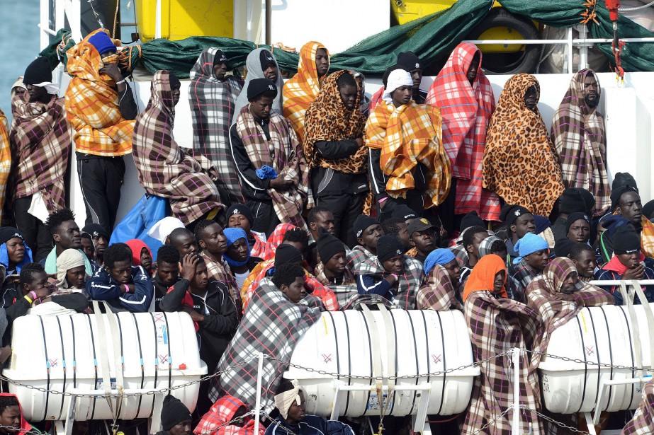 Interrogée par l'AFP, l'ONG SOS Méditerranée, citée notamment... (PHOTO Giovanni ISOLINO, AFP)
