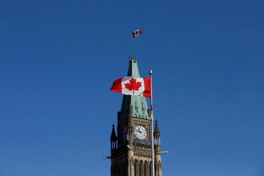 Peu avant le budget, Ottawa aurait averti Québec... (PhotoChris Wattie, archives Reuters)