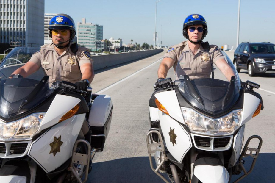 Michael Peña et Dax Shepard interprètent Francis Poncherello... (Photo fournie par Warner)