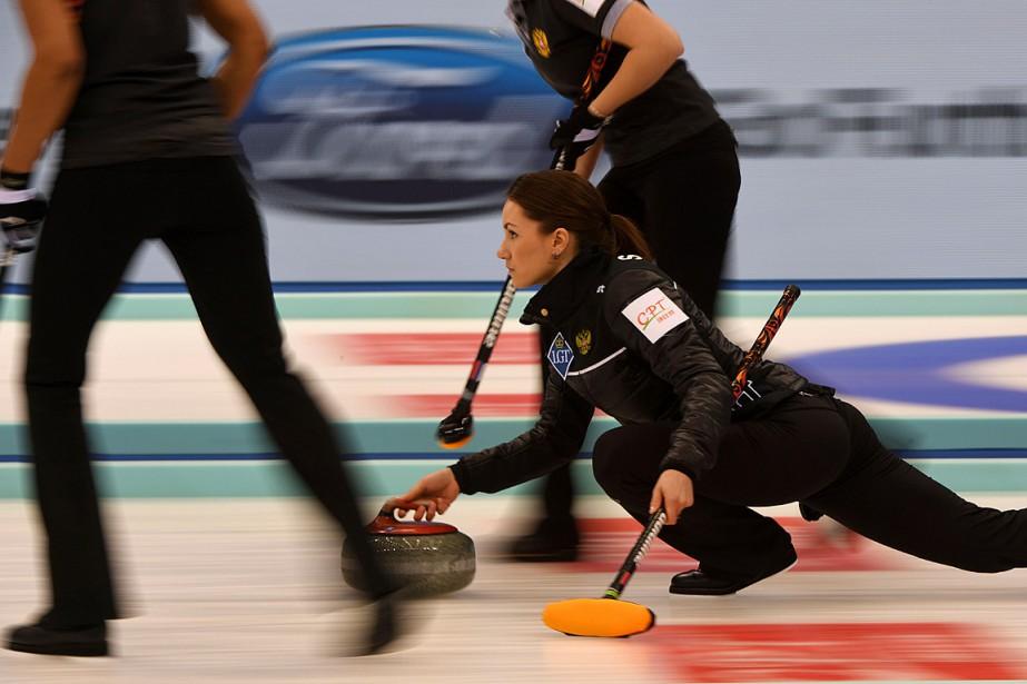 Anna Sidorova et ses coéquipières ont battu les... (PHOTO GREG BAKER, AGENCE FRANCE-PRESSE)