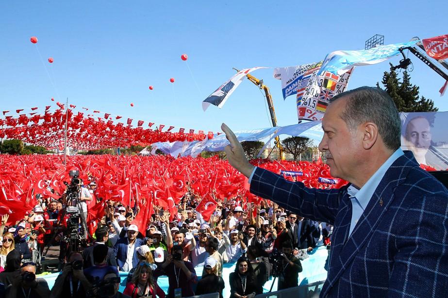 Les déclarations du président surviennent alors que les... (Photo Kayhan Ozer, AP/FOURNIE PAR LE BUREAU DU PRÉSIDENT)
