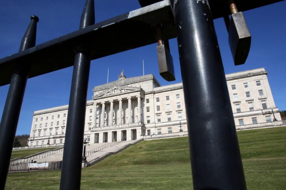 Le parlement nord-irlandais de Belfast... (PHOTO Paul FAITH, AGENCE FRANCE-PRESSE)