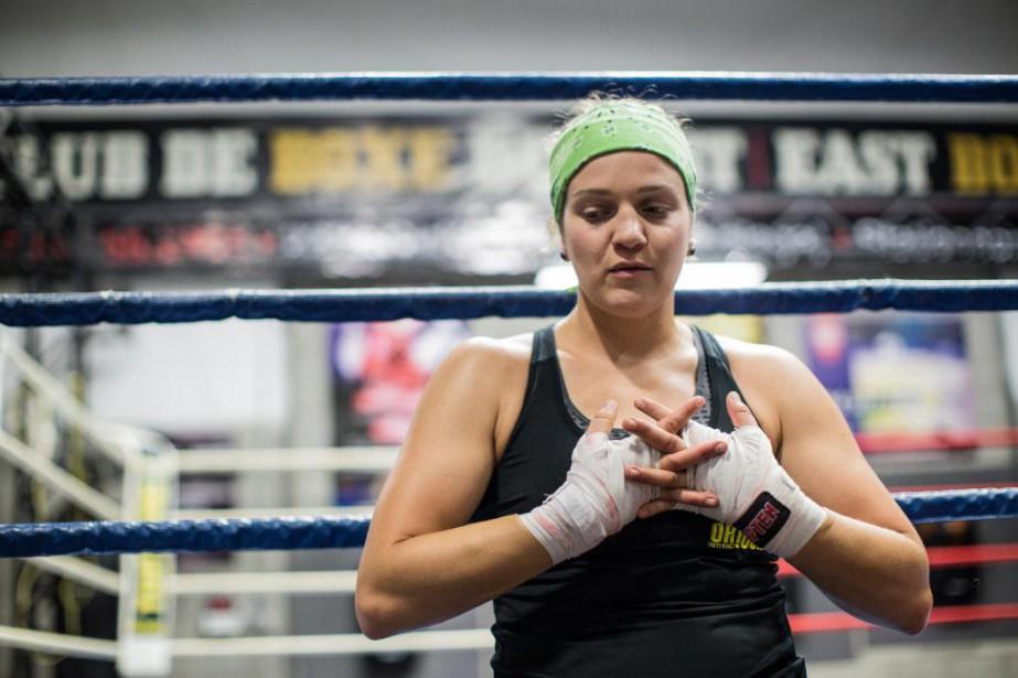 Ariane Fortin apris la décision d'arrêter la boxe.... (PHOTO EDOUARD PLANTE-FRÉCHETTE, ARCHIVES LA PRESSE)