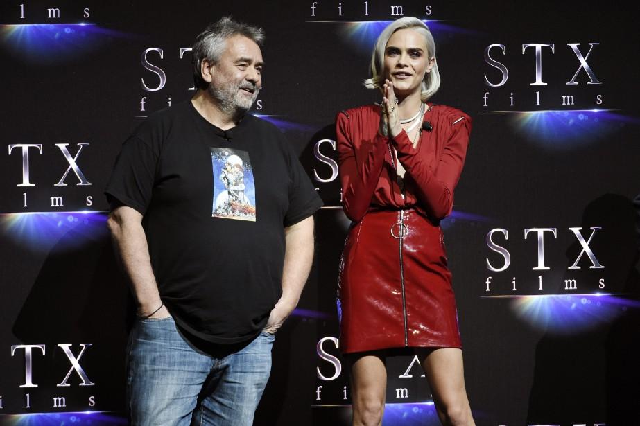 Luc Besson et Cara Delevingne... (Photo Chris Pizzello, Invision/AP)