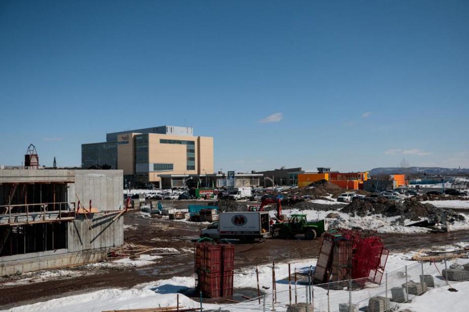 Laval sera un chantier à ciel ouvert au... (Photo Hugo-Sébastien Aubert, La Presse)