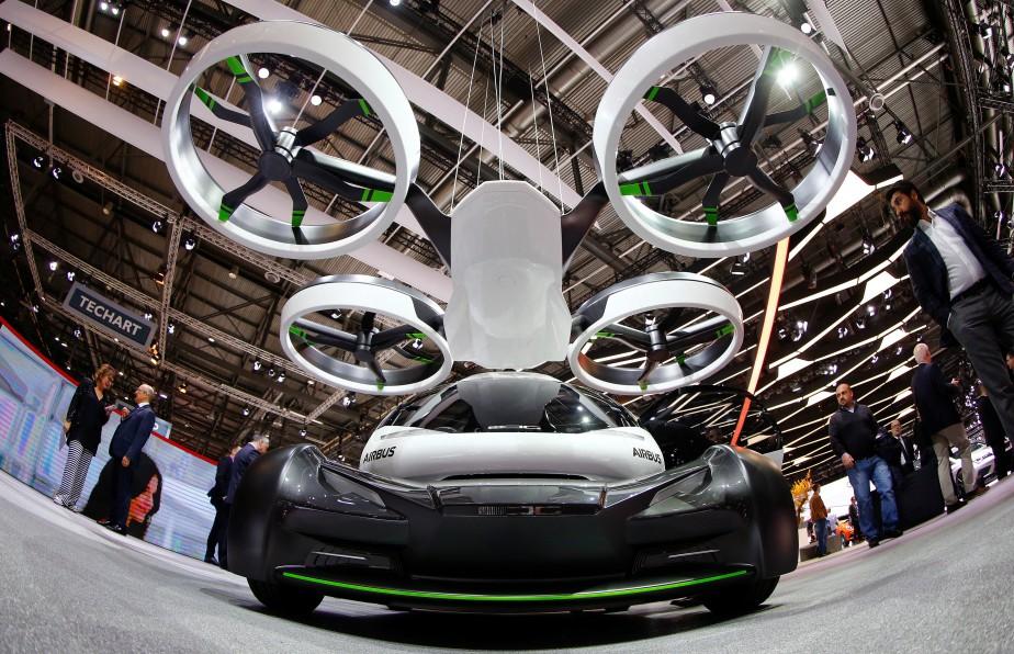 La Pop Up est un projet conjoint d'Airbus et d'Italdesign. Elle a été présentée au récent Salon de l'auto de Genève. (REUTERS)