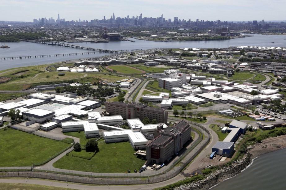 «Depuis trop longtemps, Rikers Island se distingue comme... (PHOTO Seth Wenig, ARCHIVES AP)