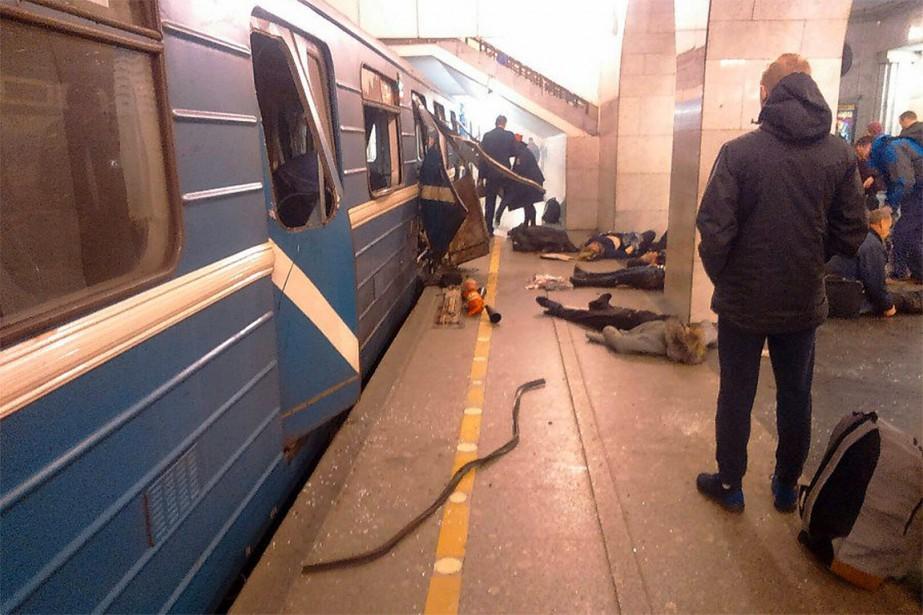 L'explosion a eu lieu dans une rame de métro alors qu'elle se trouvait entre deux stations du centre-ville de Saint-Pétersbourg. (@KINDFRIEND85, TWITTER)