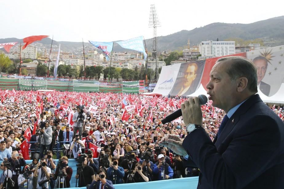 «L'Europe n'a désormais plus rien à nous dire,... (Photo Yasin Bulbul/Presidential Press Service via AP)