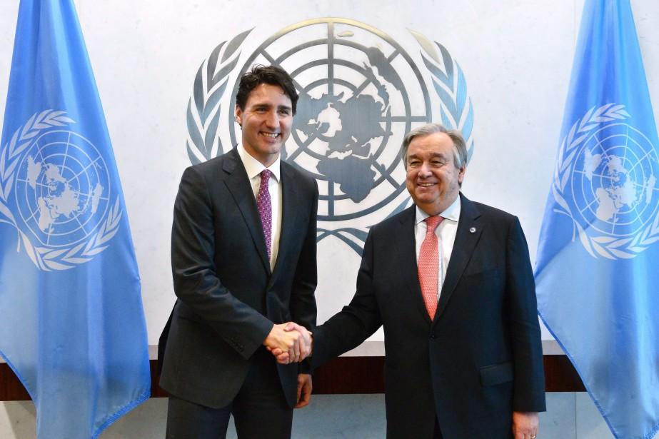 Justin Trudeau a rencontréle nouveau secrétaire général des... (Sean Kilpatrick, La Presse canadienne)