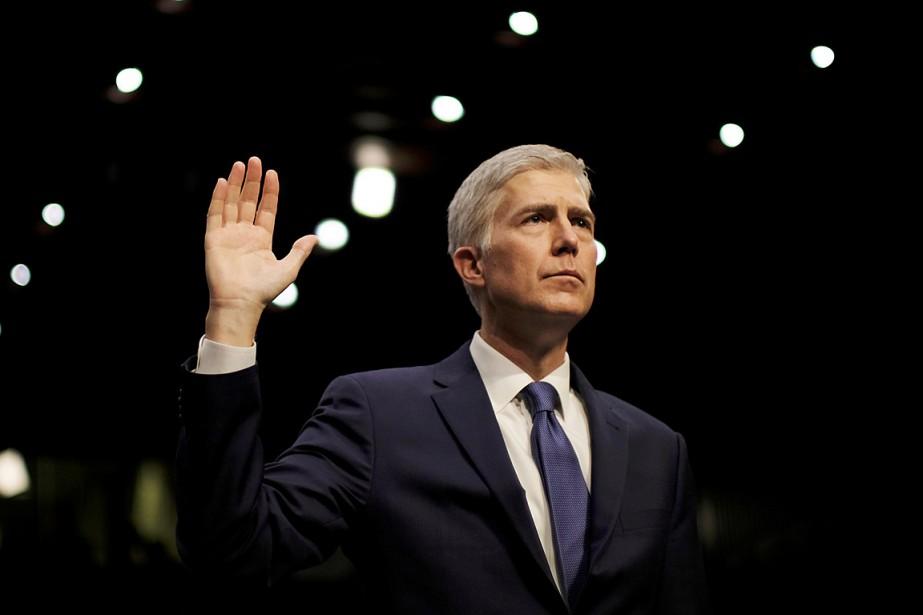 Nommé à vie à la Cour suprême, Neil... (Photo James Lawler Duggan, archives REUTERS)