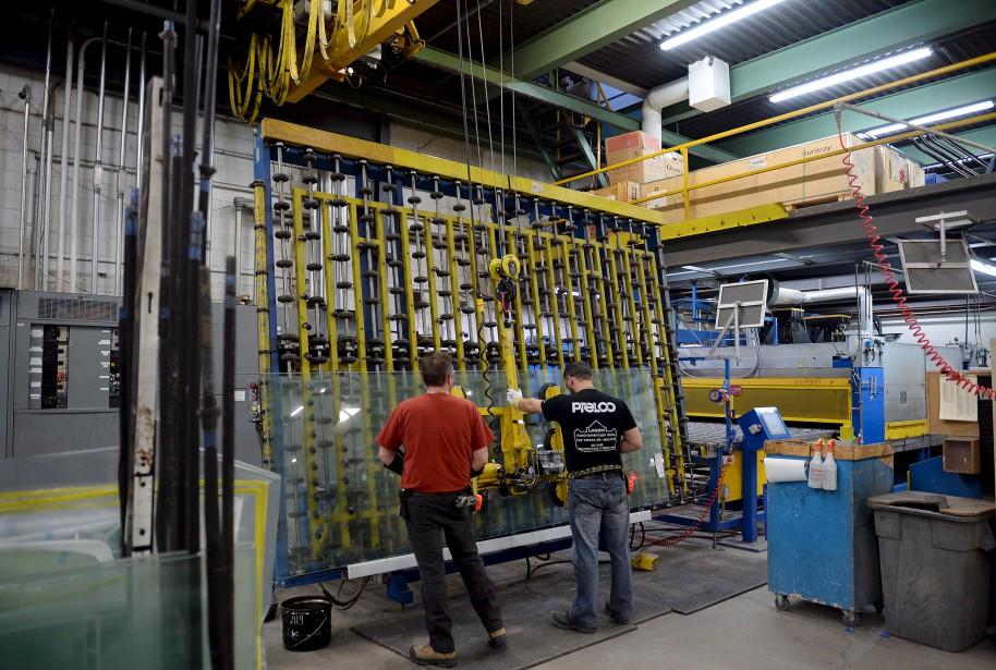 Prelco se spécialise dans trois secteurs d'activités, soit le vitrage de bâtiments commerciaux et institutionnels, le vitrage de véhicules spécialisés et les composants de produits manufacturés. (Le Soleil, Erick Labbé)