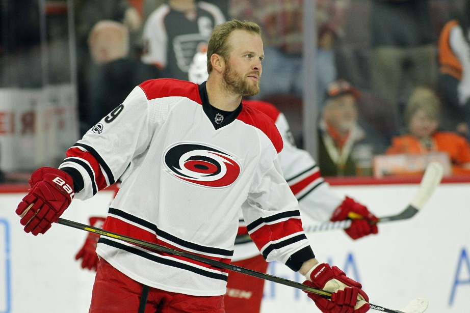 Bryan Bickell... (PHOTO AP)