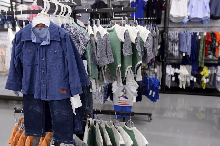 Plusieurs vêtements pour enfants sont aussi offerts, pour filles et garçons, notamment dans les lignes 7 For All Mankind ou Kardashians Kids. (Le Soleil, Yan Doublet)