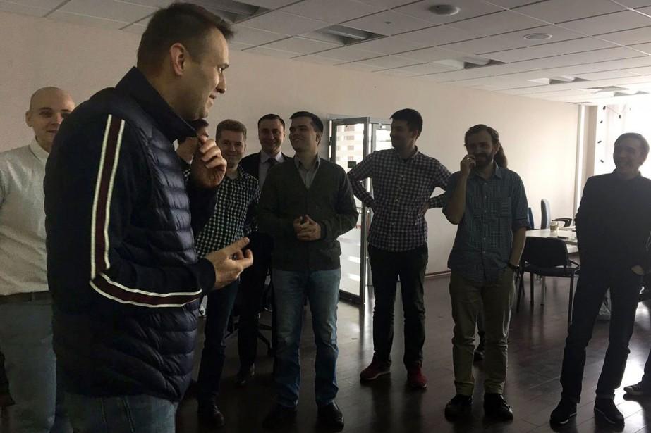 «Salut tout le monde», a écrit M.Navalny sur... (Photo Agence France-Presse/Twitter)