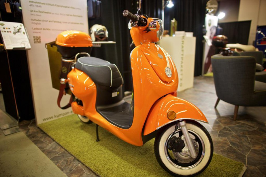 budget du qu bec 500 de rabais l 39 achat d 39 un scooter lectrique s bastien templier auto. Black Bedroom Furniture Sets. Home Design Ideas