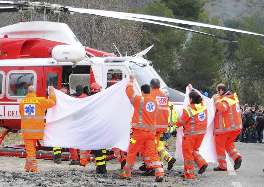 Le 6 février 2011<em></em>Robert Kubica avait failli être empalé par larembarde en acier qu'il avait percutée durant ledurant le rallye<em>Ronde di Andora.</em>Il a été gravement blessé et a dû être mis dans un coma artificiellement induit dans les jours suivant opéré pour des fractures multiples. Il a de plus été opéré pour des blessures à l'épaule et au coude. (AP)