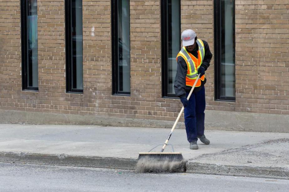 La Ville de Montréal prendra plus d'un mois... (PHOTO ROBERT SKINNER, LA PRESSE)