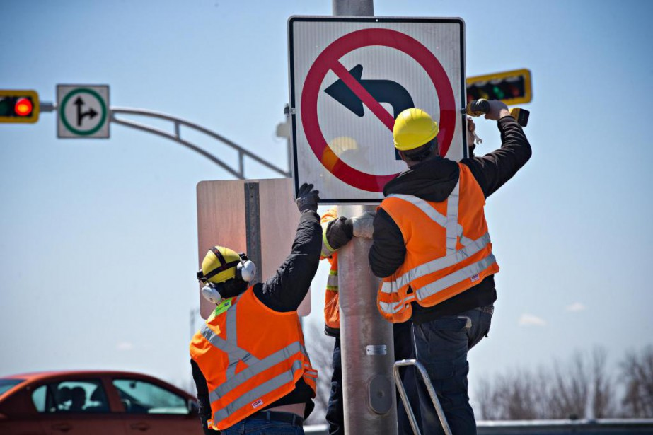 Des employés du ministère des Transports ont ajouté... (Photo Patrick Sanfaçon, La Presse)