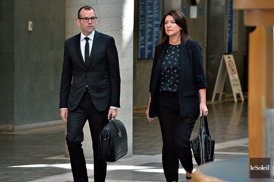 L'ex-ministre Nathalie Normandeau et son avocatMaxime Roy, photographiés... (Photothèque Le Soleil, Patrice Laroche)