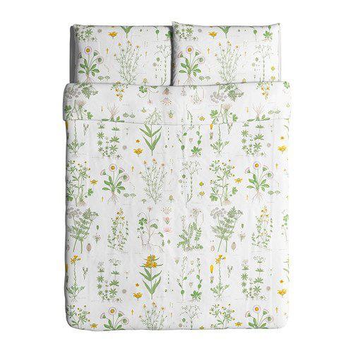 Housse de couette et taies d'oreillers à motif floral, de la collection STRANDKRYPA. Ikea Canada | 14 avril 2017